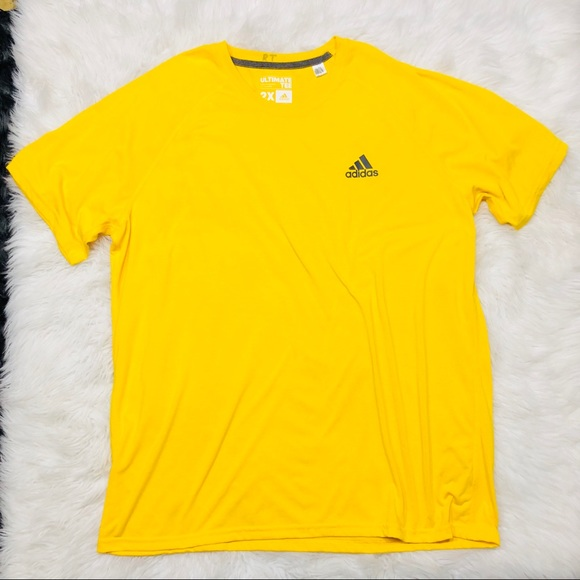 Adidas camisetas camisa amarilla poshmark